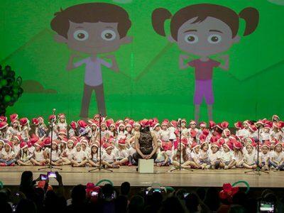 Alunos dos Centros Municipais de Educação Infantil em apresentação no Cine Teatro Fênix