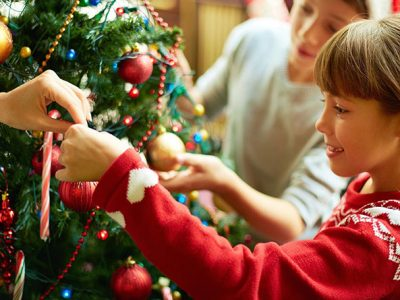 A programação de Natal incluiu diversão e sorteio de presentes para toda a família