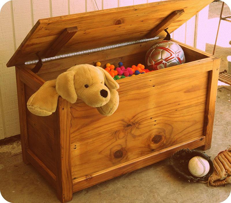 Baú para organizar os brinquedos das crianças