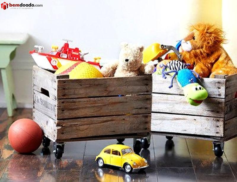 Caixotes com rodinhas para quarto das crianças