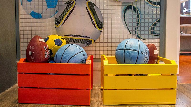Caixotes de madeira para quarto infantil