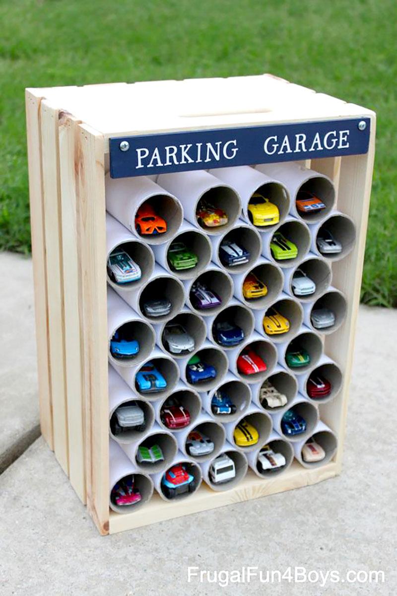 Garagem para carrinhos em PVC