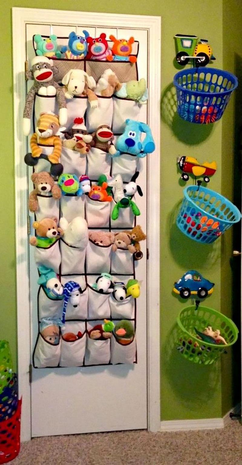 Sapateira para organizar os brinquedos de pelúcias