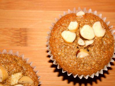 Muffins sem açúcar de banana com castanha são saudáveis e muito gostosos