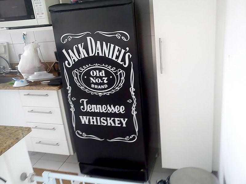 Geladeira envelopada - Whisky Jack Daniels