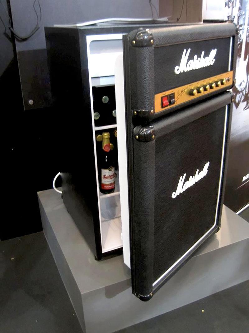 Geladeira - Caixa de som Marshall