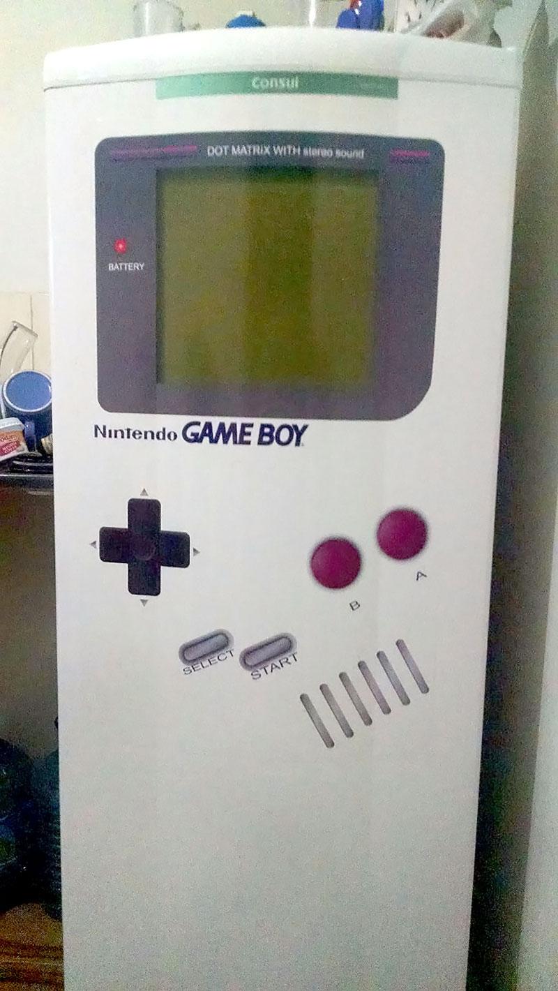 Geladeira - Game Boy