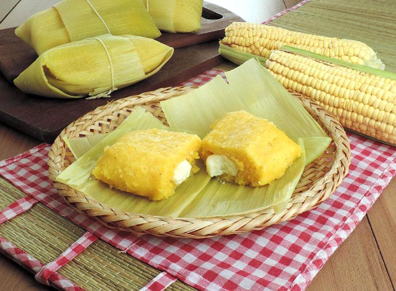 Pamonha salgada com queijo