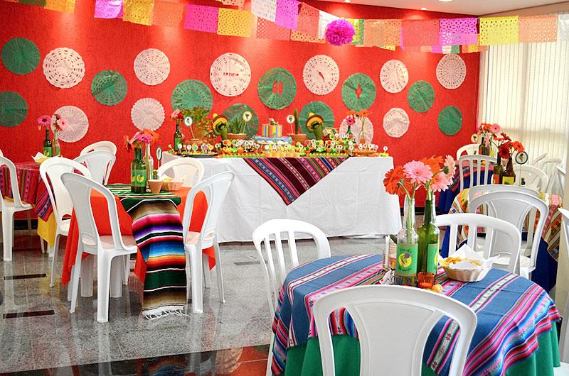 Noite Mexicana: Bandeiras e bandeirolas para decoração