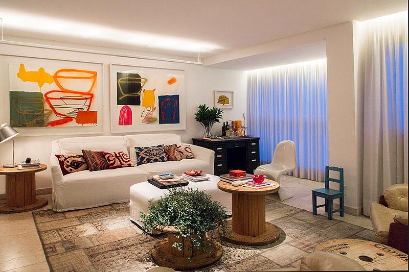 DIY: Sala decorada com carretel de madeira