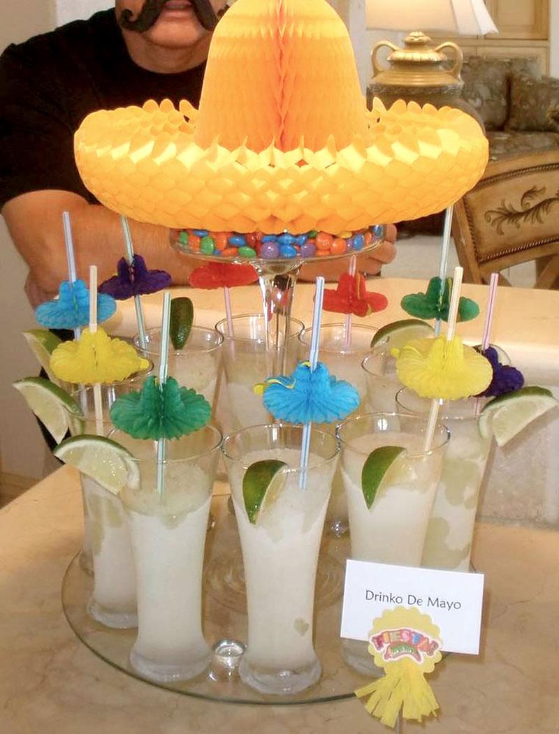 Noite Mexicana: Mesa com drinks e shots