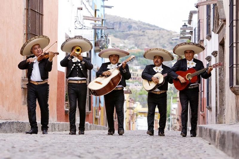 Noite Mexicana: Mariachis