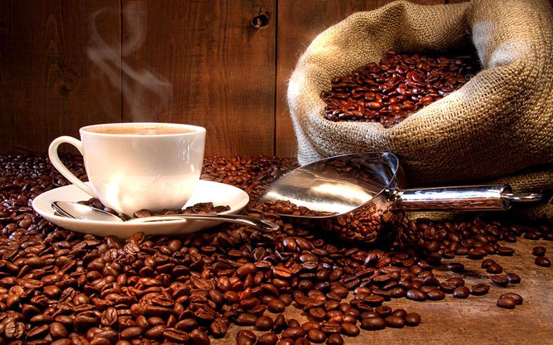 Grãos de café para a mesa