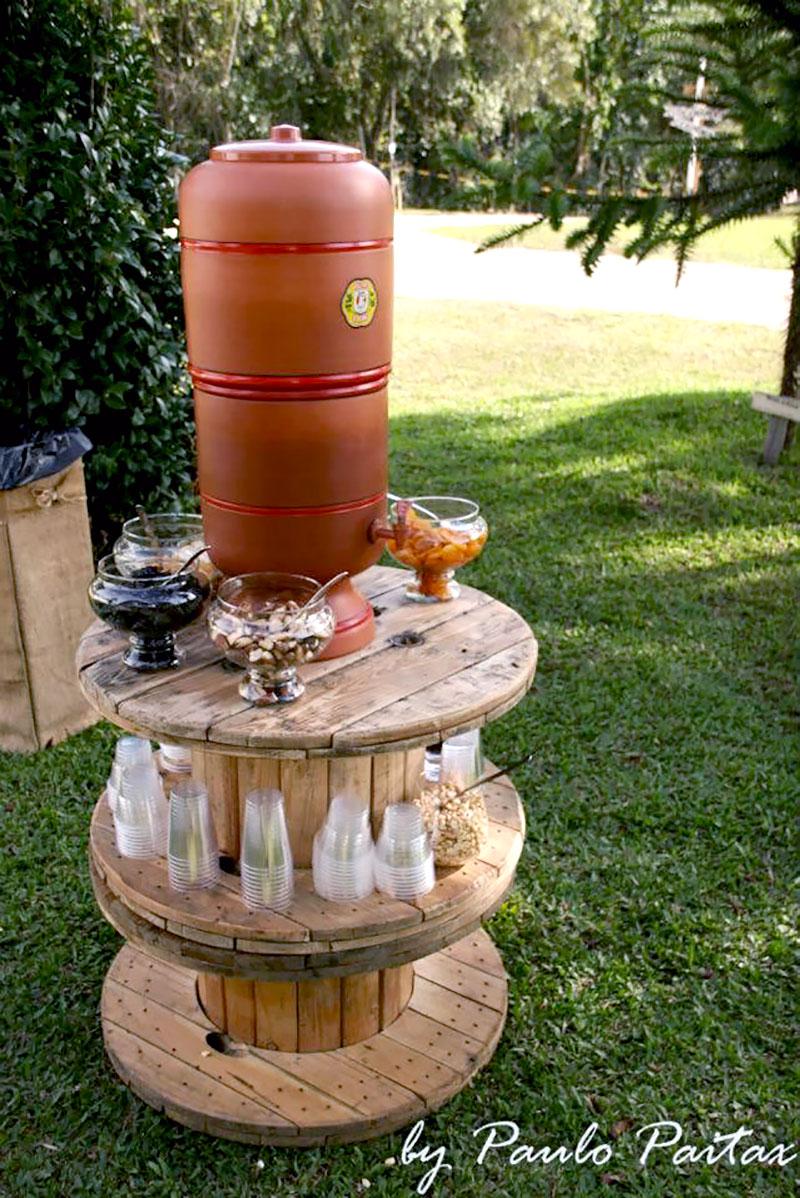 DIY: Mesa decorativa feito com Carretel