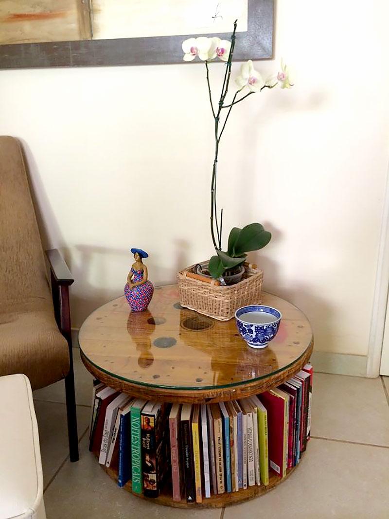 DIY: Mesa moderna feito com Carretel de Madeira