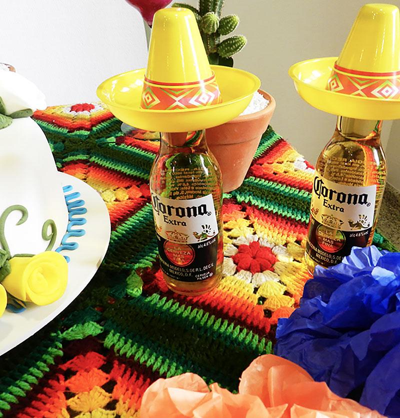 Noite Mexicana: Sombreros para cervejas