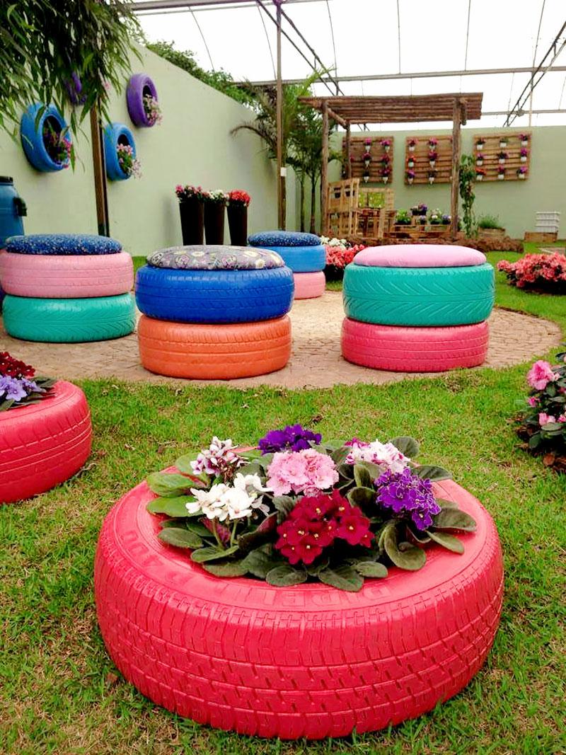 Puffs de pneu reciclado