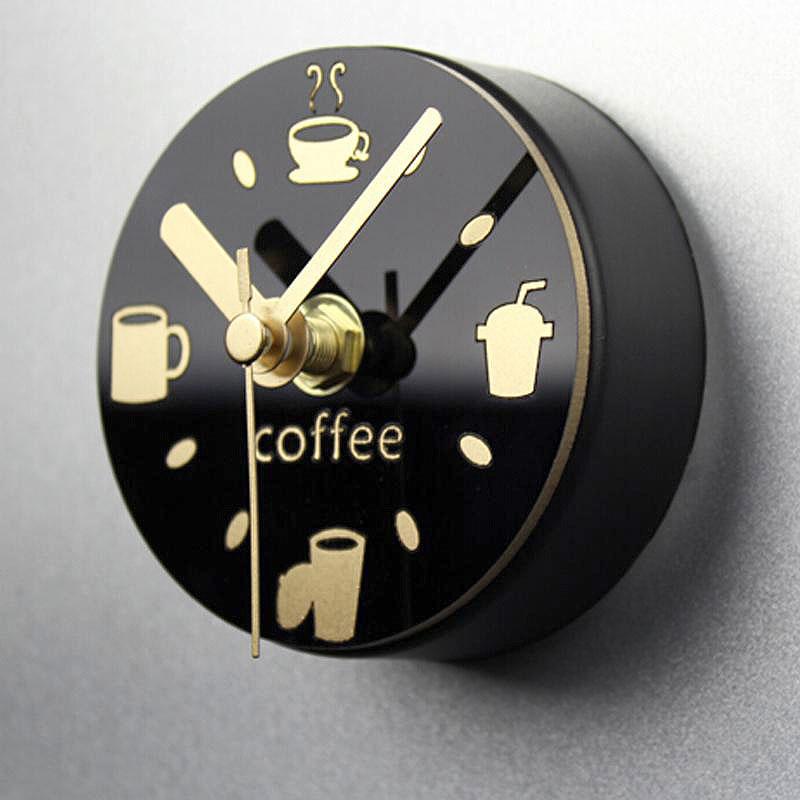 81f6283af92 20 relógios de parede criativos para decorar o seu ambiente - HF ...