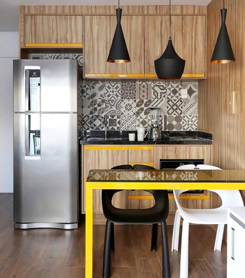 Mesa amarela para cozinha mericana