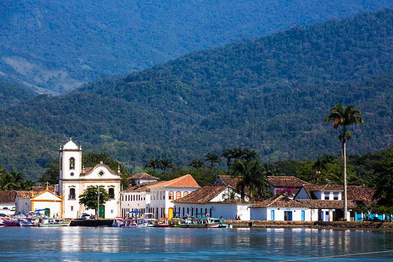 Paraty, cidade histórica e beleza natural