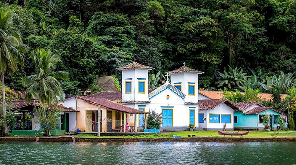 Igrejas São Pedro e São Paulo - Ilha do Araújo em Paraty - RJ