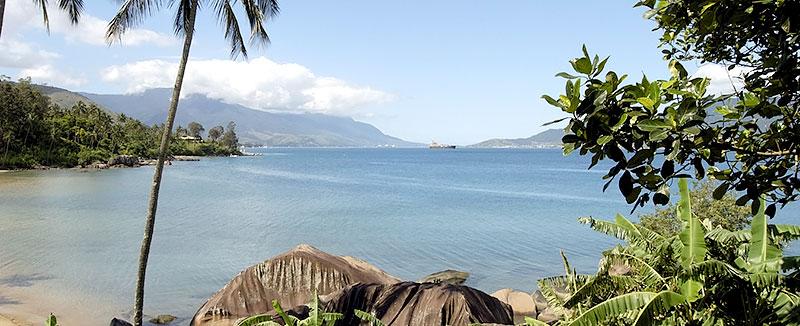 Praia da Pedra do Sino em Ilhabela