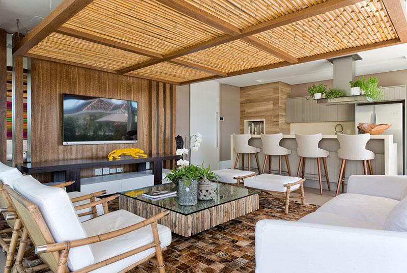Forro do Teto decorado com Bambu