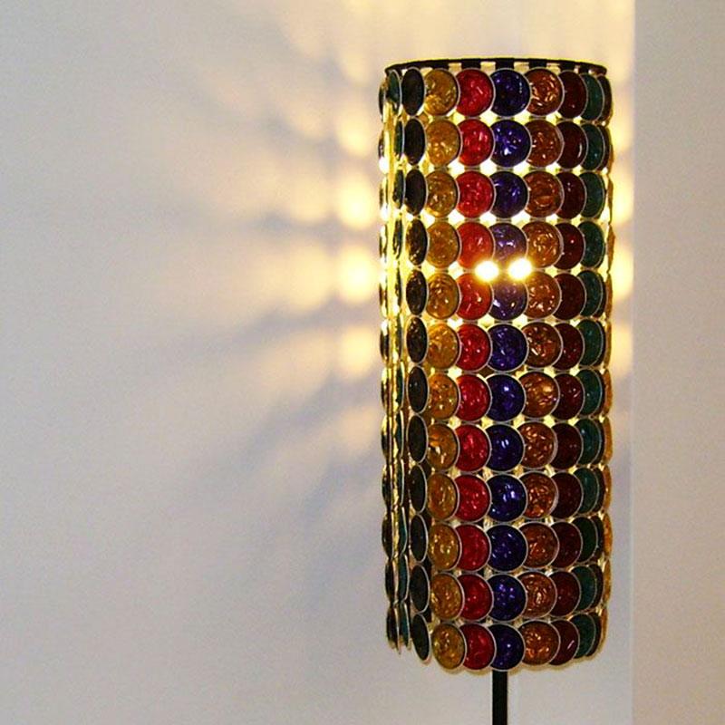 Luminária Colorida feito com Cápsulas de Café